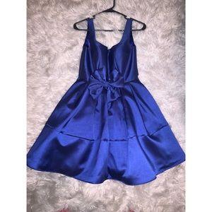 Dresses & Skirts - Short Blue Dress